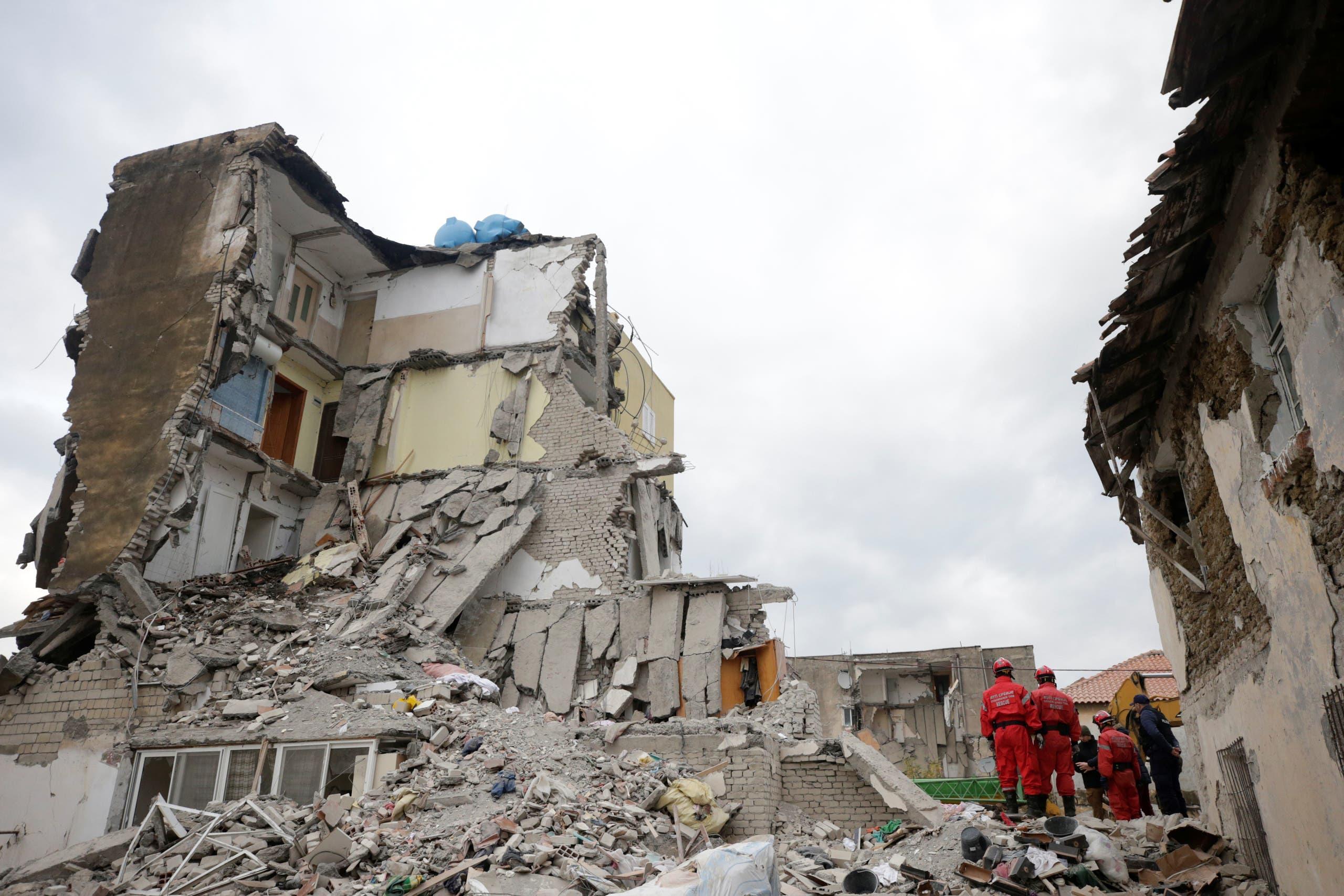 من زلزال ألبانيا