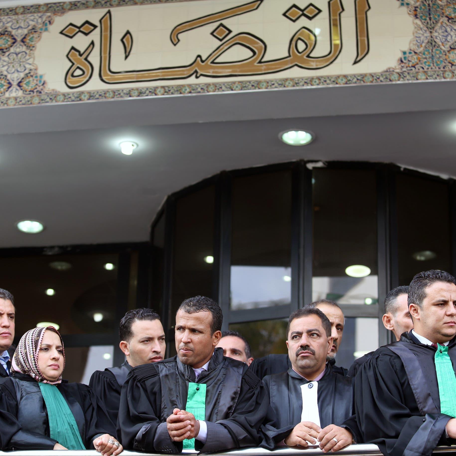 قضاة الجزائر يهددون بالعودة للإضراب..