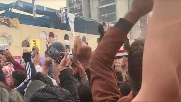 شاهد.. احتفالات في بغداد بعد قرار عبدالمهدي الاستقالة