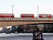 حادثة طعن إرهابية في لندن.. مقتل شخصين والمنفذ
