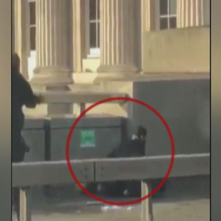 لندن.. لحظة إطلاق الشرطة النار على منفذ عملية الطعن