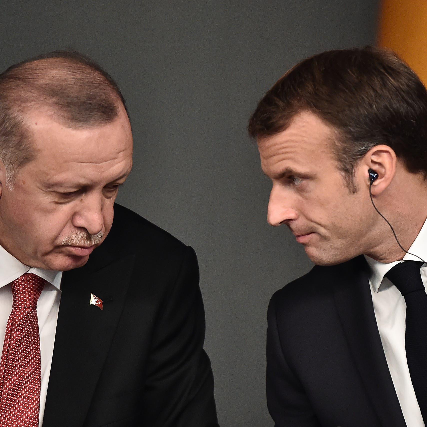 ماكرون لأردوغان: التزم بالاحترام في تصريحاتك!