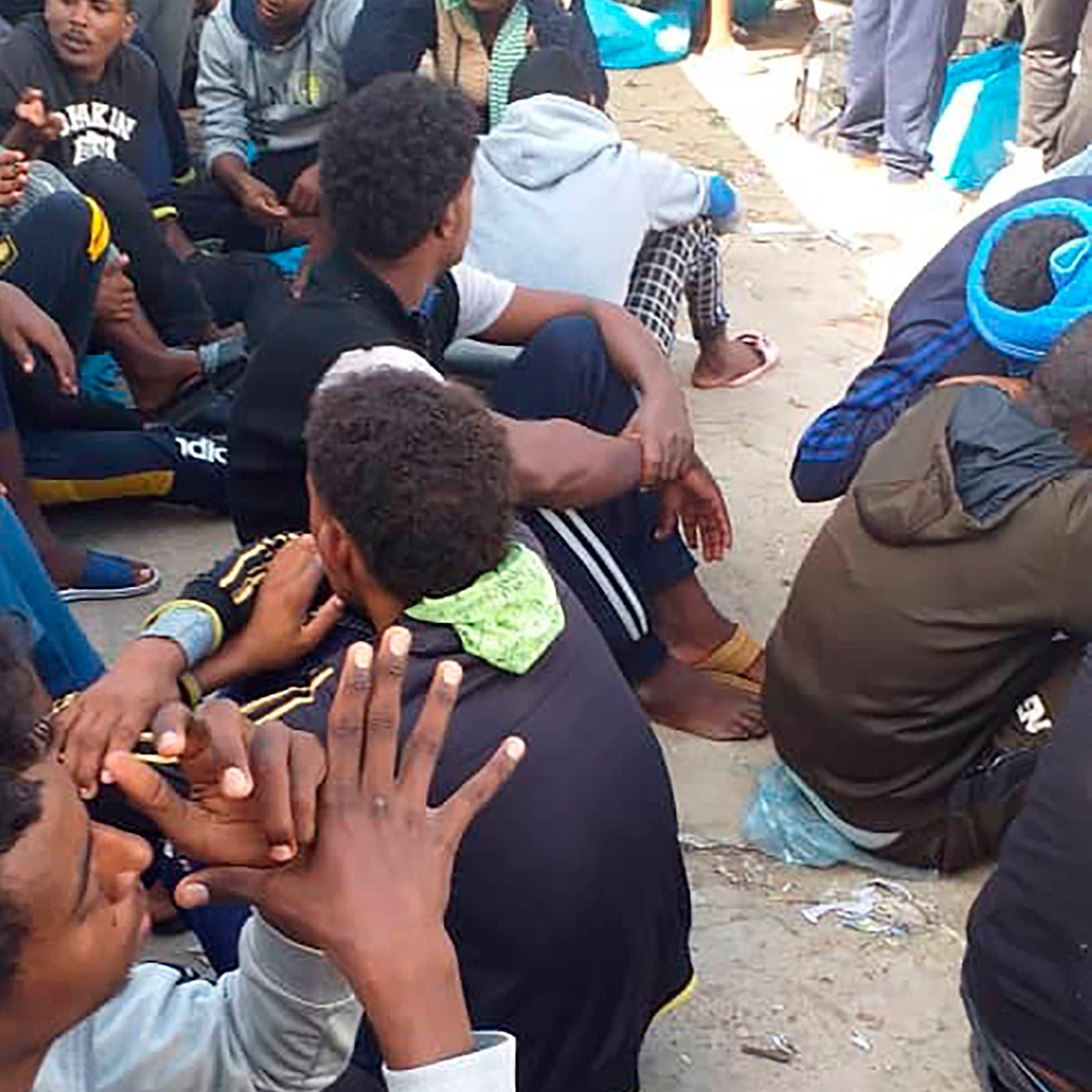 وسط اتهامات بالتجويع.. تقنين أممي لغذاء لاجئي طرابلس