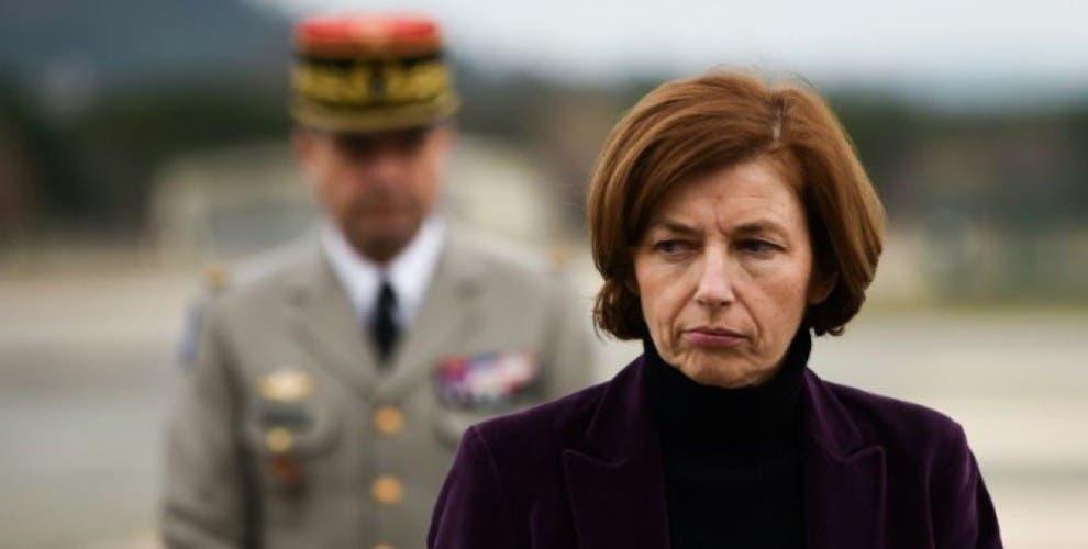 فرانسیسی وزیر دفاع فلورنس پارلی