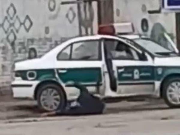 شاهد.. لحظة قنص عنصر أمن إيراني في اشتباكات بالأهواز