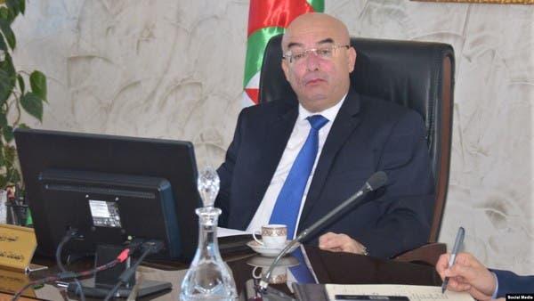 """الجزائر.. وزير الداخلية يتهم الرافضين للانتخابات بـ""""الخونة"""""""