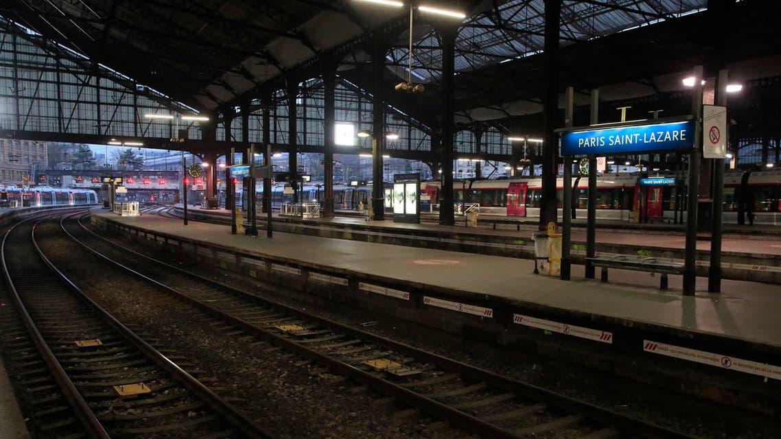 The Saint-Lazare train station reamins empty in Paris, Thursday, Dec. 5, 2019. (AP)