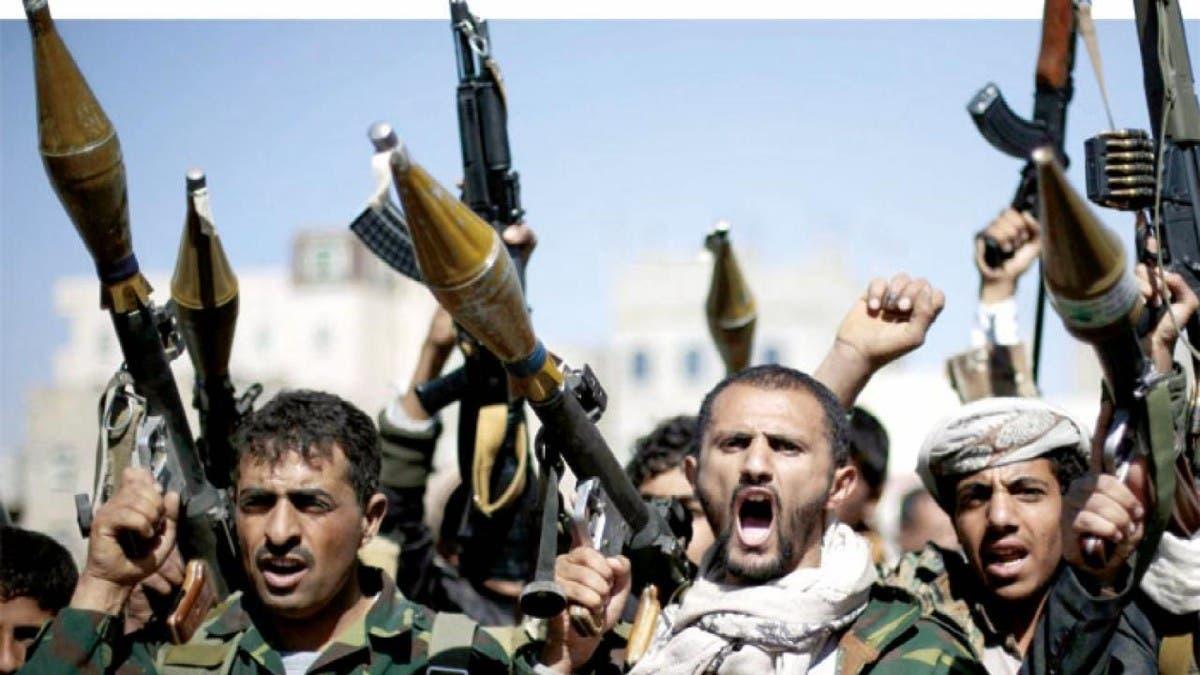 ميليشيا الحوثي تستهدف النازحين في مأرب بالصواريخ