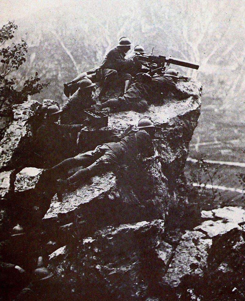 صورة لجنود إيطاليين شاركوا بمعركة فيتوريو فينيتو