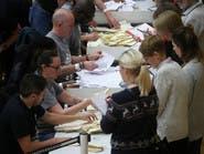 بريطانيا.. جونسون يتّجه للفوز بالأغلبية المطلقة في الانتخابات