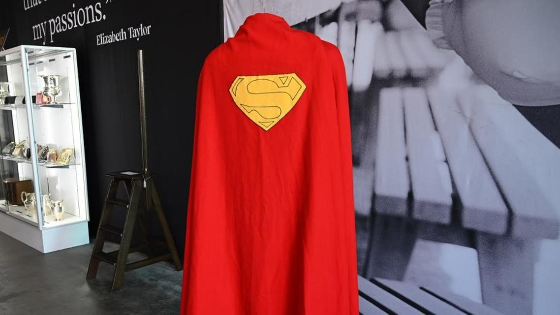 """An original Superman cape worn by actor Christopher Reeve in the 1978 """"Superman"""" film is displayed at Julien's Auctions house. (Photo: AFP)"""