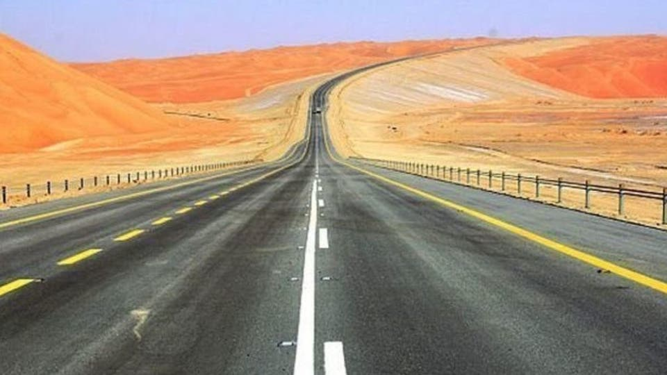 منفذ بري جديد يقلص المسافة بين السعودية وع مان بـ 800 كلم