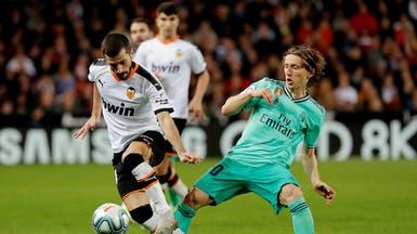 ريال مدريد يفلت من الخسارة أمام فالنسيا في الوقت القاتل