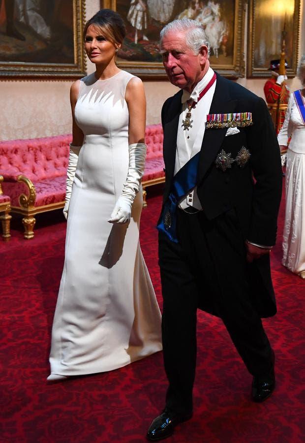 ميلانيا برفقة ولي العهد البريطاني الأمير تشارلز