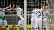 مونشنغلادباخ ينعش آمال التأهل إلى الأبطال بثلاثية في فولفسبورغ