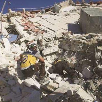 النظام السوري يواصل قصف إدلب.. حركة نزوح ومزيد من الضحايا