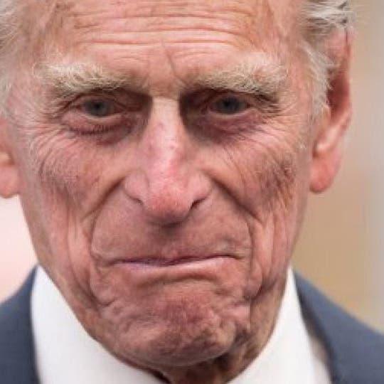ملکہ برطانیہ کے شوہر شہزادہ فلپ طبی معائنے کے لیے اسپتال منتقل