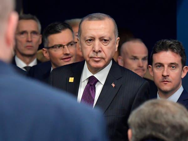 أردوغان يوجه بوصلته نحو اليونان.. ملوحاً باللاجئين
