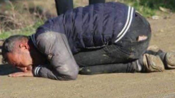 أب سوري مفجوع: هكذا علق رأس طفلي وقتلت ابنتي الوحيدة