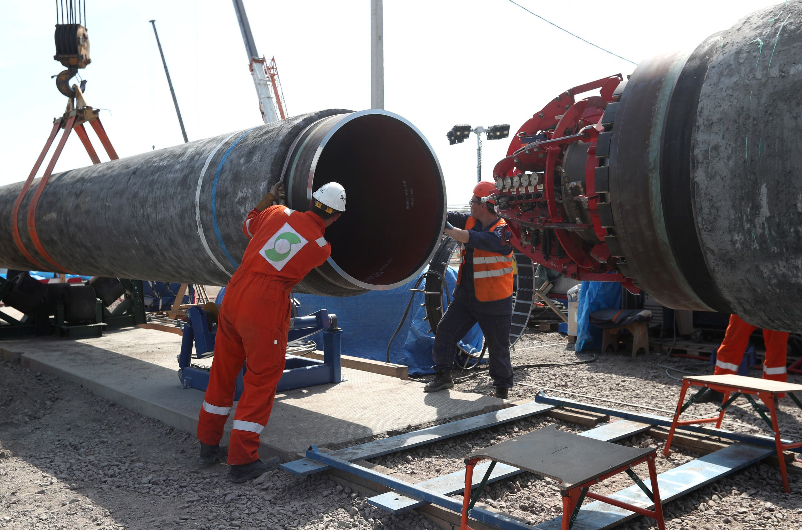 Workers are seen at the construction site of the Nord Stream 2 gas pipeline in Russia. (File photo: Reuters)