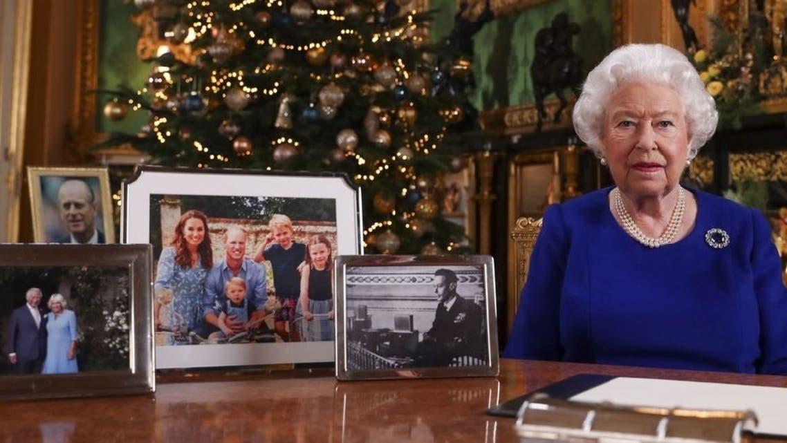 صورة العائلة الملكية هذا العام، خلت من هاري وزوجته