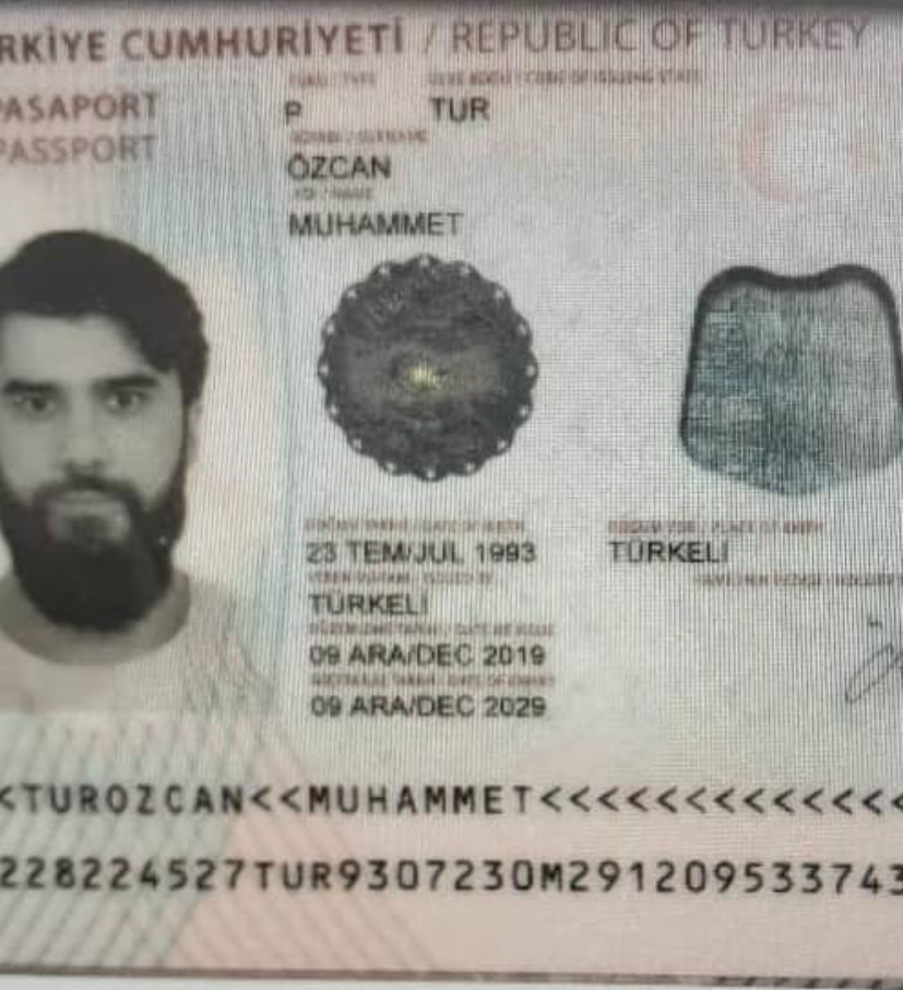 Photo of the second Turkish passport, detained in Niger
