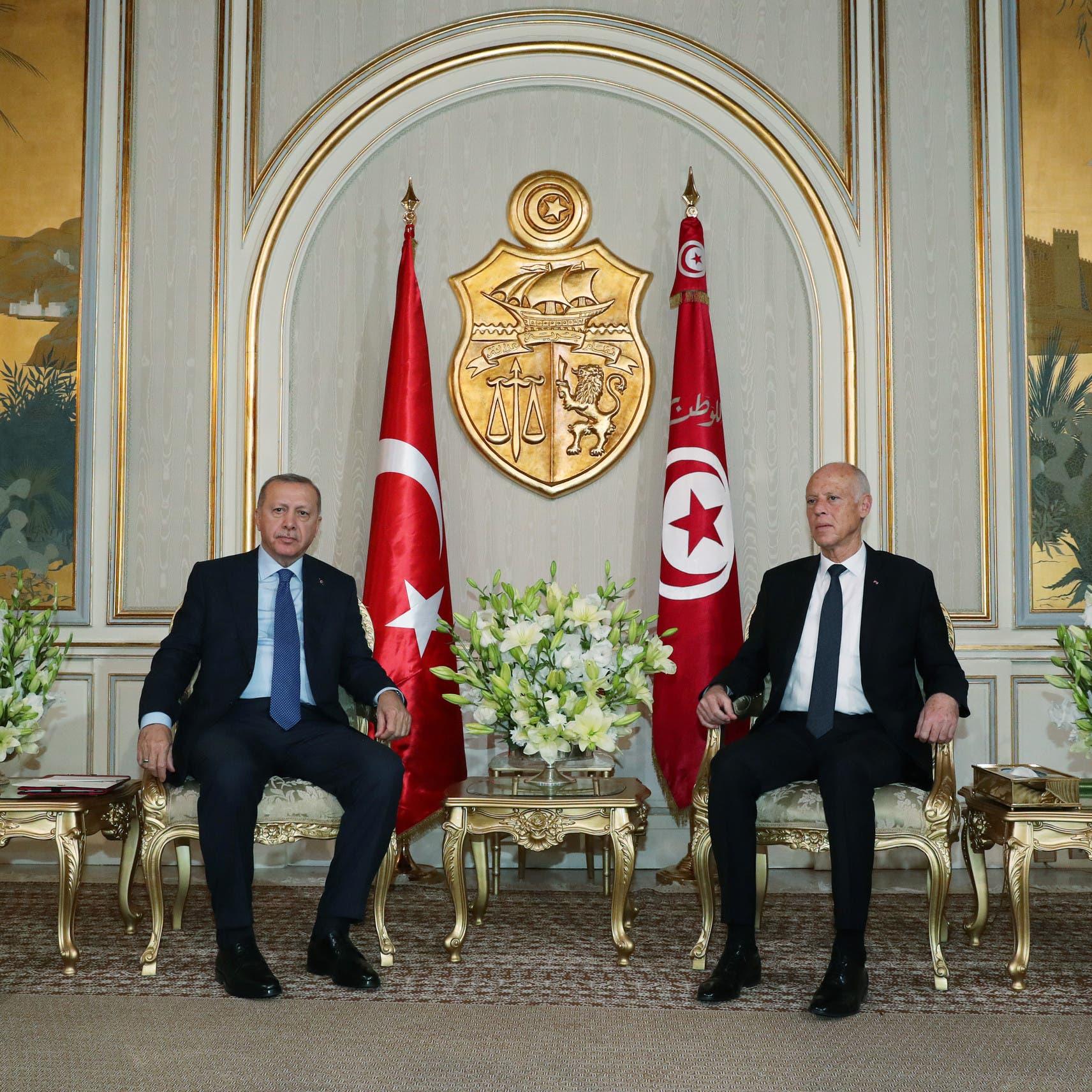 أردوغان من تونس: إذا مرر البرلمان قرار تقديم الدعم العسكري لليبيا سننفذه