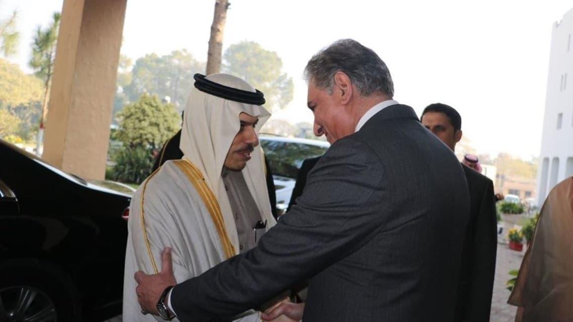 وزير الخارجية السعودي الأمير فيصل بن فرحان ونظيره الباكستاني سيد محمود قريشي