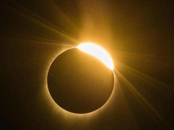 فلكية جدة: كسوف للشمس بسماء السعودية الأحد المقبل