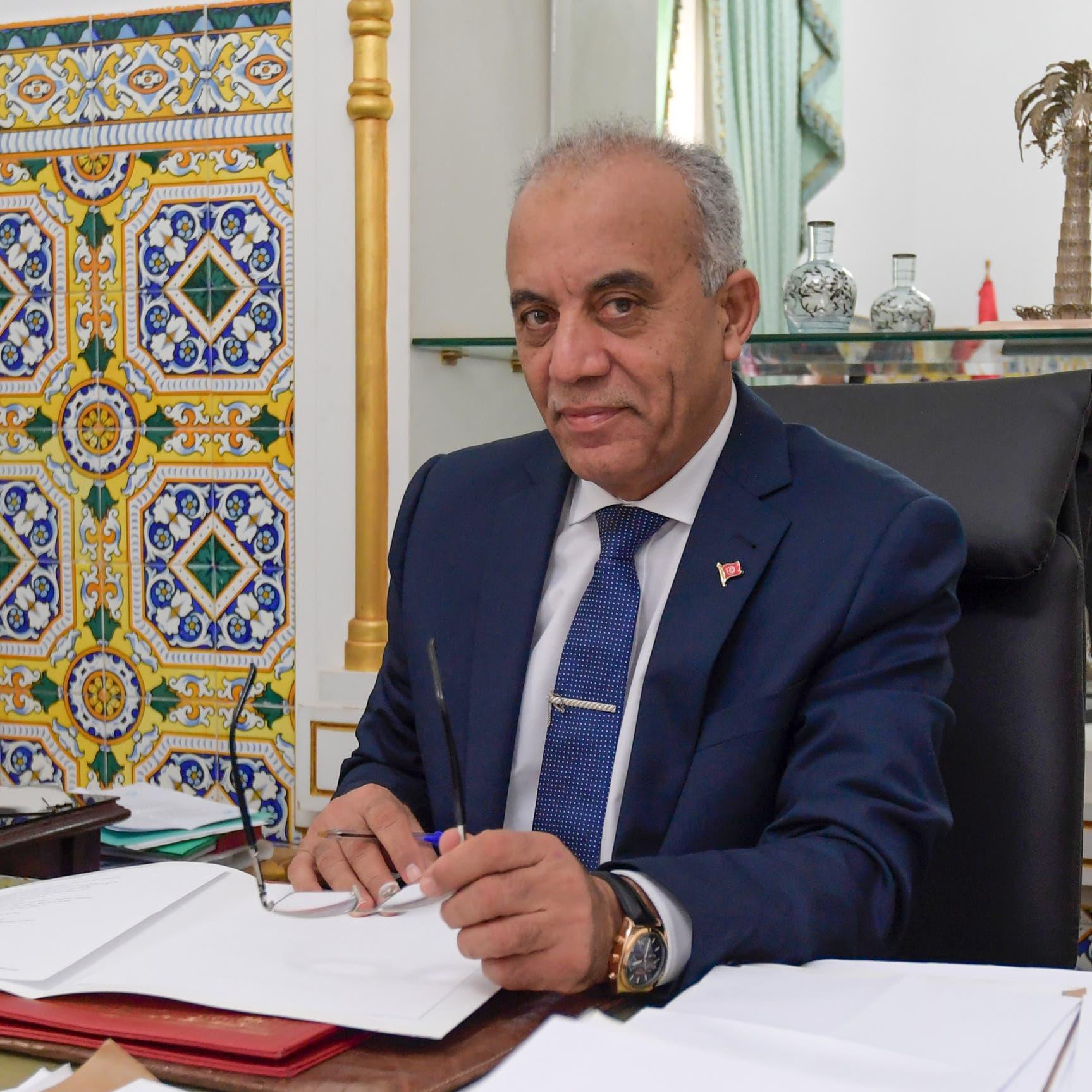 رئيس وزراء تونس يعلن حكومته.. غالبيتهم مغمورون