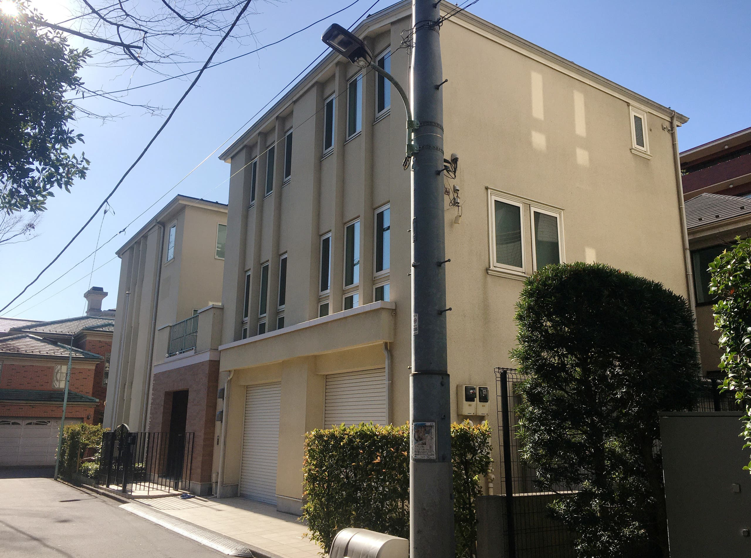 منزل كارلوس غصن في اليابان (رويترز)