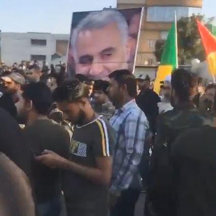 شاهد عناصر حزب الله العراقي تقتحم ساحة التظاهر بالبصرة