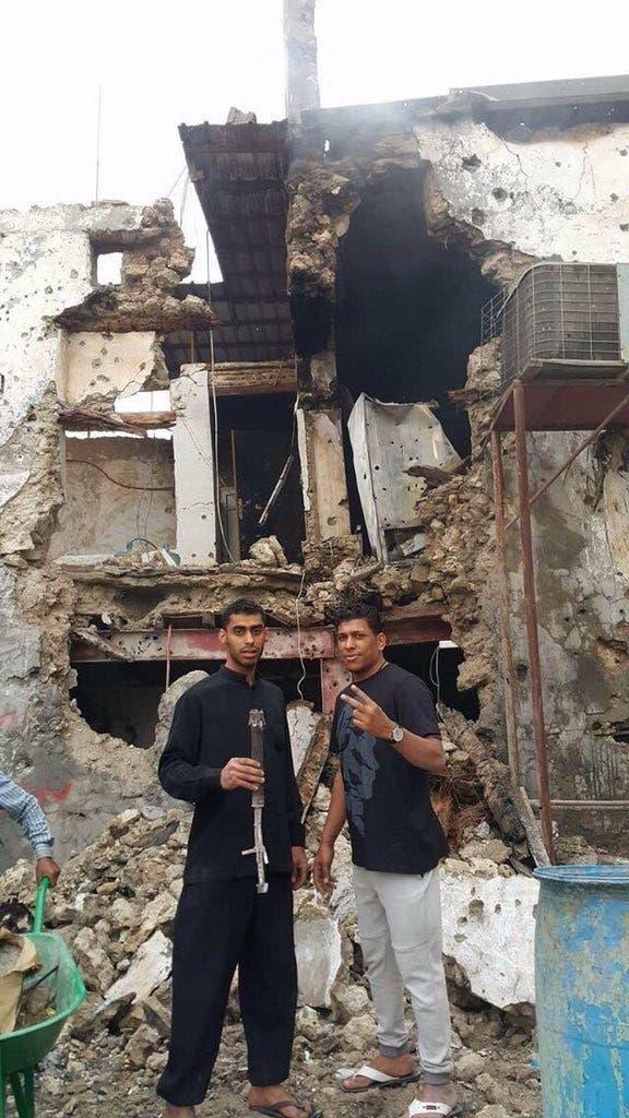 حسين بن عمار إلى اليمين