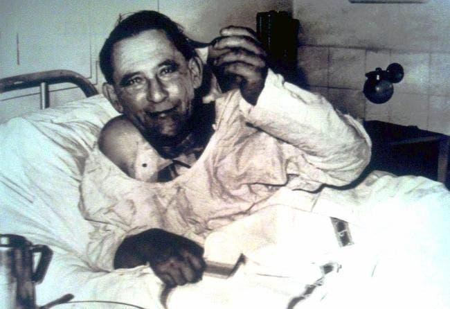صورة للويس واشكانسكي بالمستشفى