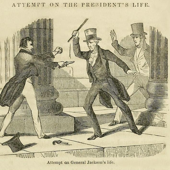 هكذا انهال رئيس أميركي بعصا على رجل حاول قتله