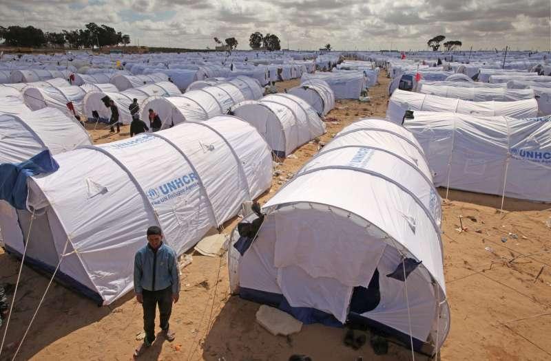 مخيمات لاجئي 2011 في تونس