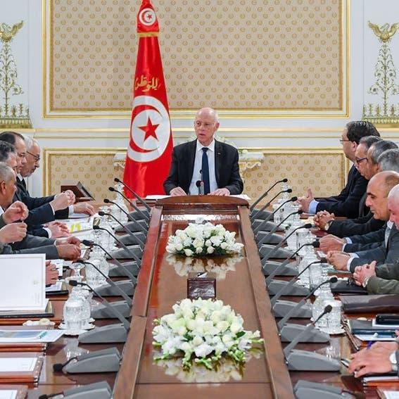 تونس تضع خطة طوارئ تحسباً لتدفق لاجئين من ليبيا