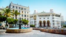 كورونا يعزل ولاية جزائرية ويفرض حظر تجول بالعاصمة