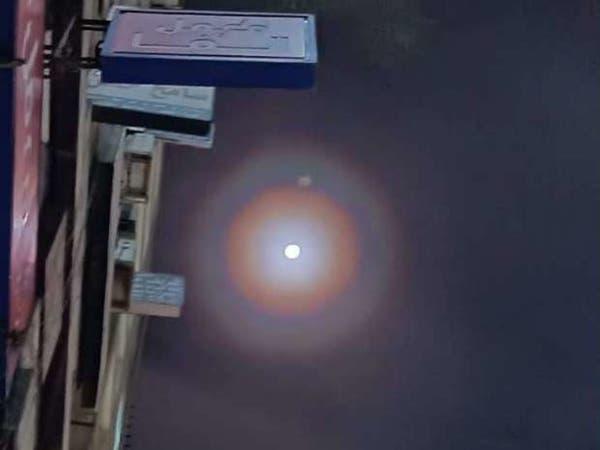 ما هو سر الهالة الغامضة حول القمر في سماء مصر؟