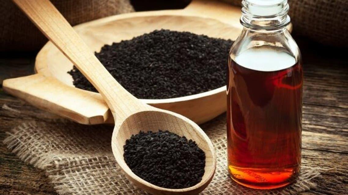 1800ss_thinkstock_rf_black_seed_oil
