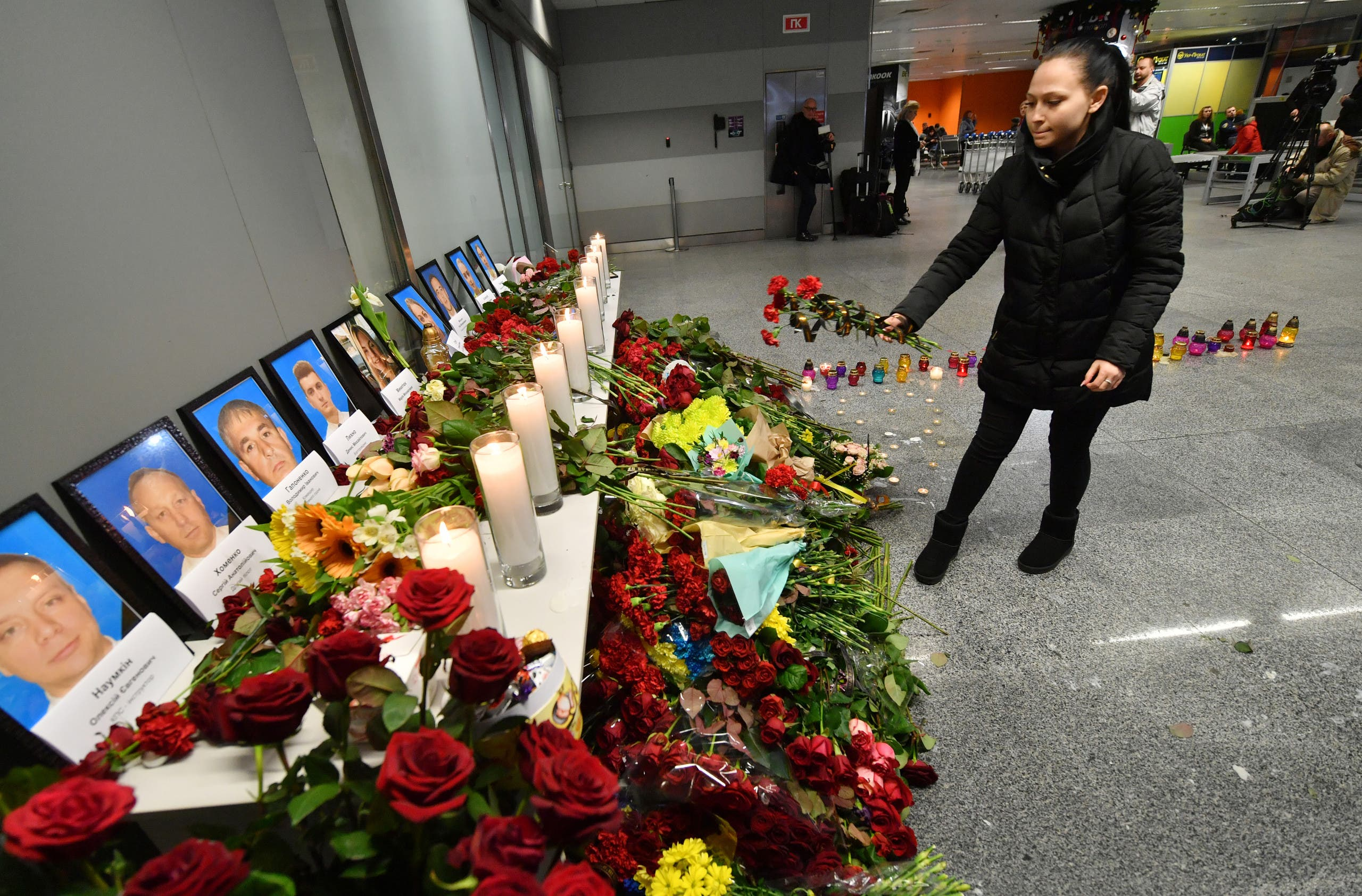 صور ضحايا الطائرة المنكوبة (فرانس برس)