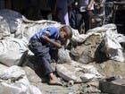 بسبب حصار الحوثي.. تحذير حقوقي من كارثة وبائية في تعز