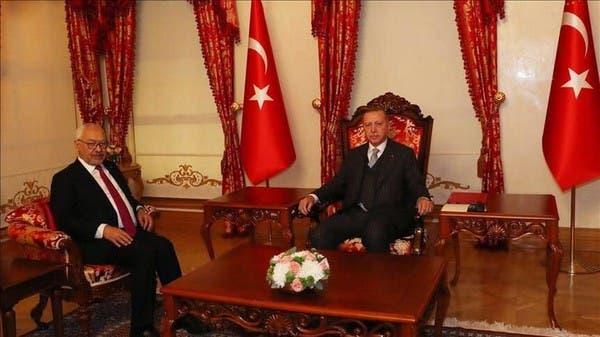 تساؤلات بتونس.. ماذا جرى باجتماع مغلق بين الغنوشي وأردوغان؟