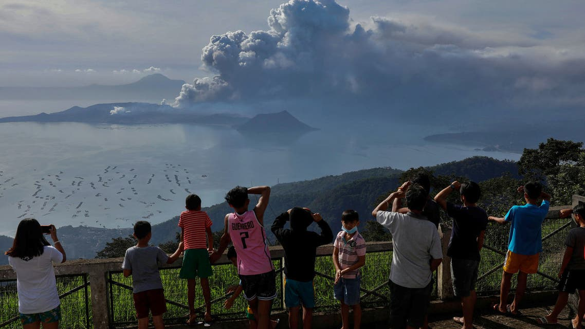 ثوران البركان تال في الفلبين