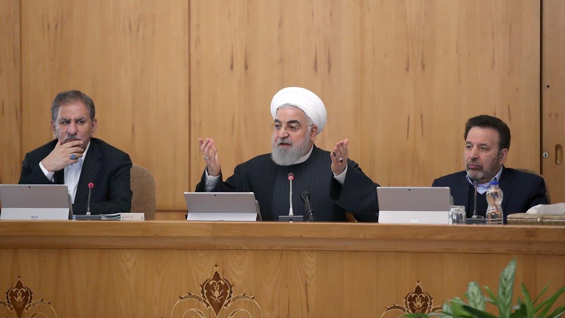 روحاني (خلال اجتماع للحكومة الإيرانية في طهران ( 15 يناير رويترز)