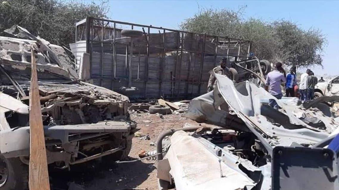 انفجرت سيارة مفخخة، اليوم السبت، في طريق الرابط بين مدينة أفغوي والعاصمة الصومالية مقديشو، مستهدفةً مجموعة من المتعاقدين الأتراك، حسب ما أعلنته الشرطة الصومالية.