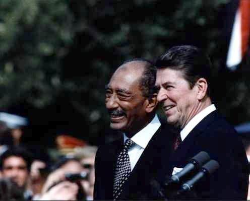 الرئيسان ريغان والسادات
