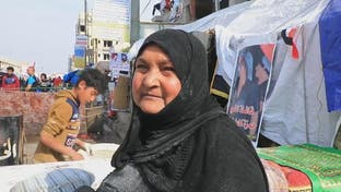 العراق.. الثورة على صفيح التنور وأرغفة مجانية للمتظاهرين