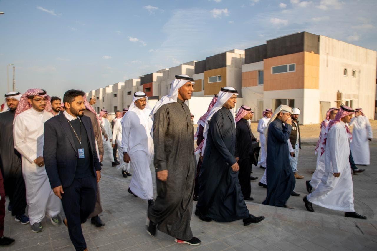 من جولة وزير الإسكان السعودي على المشاريع الجديدة