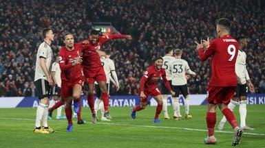 ليفربول يعزز صدارته بثنائية في مانشستر يونايتد